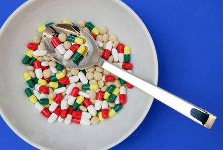 Троллятина ты поганая а ну жри таблетки.