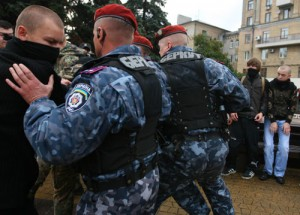 Беркут применил силу к журналистам на Майдане журналисты