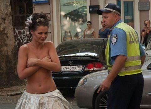 гаишники и проститутки