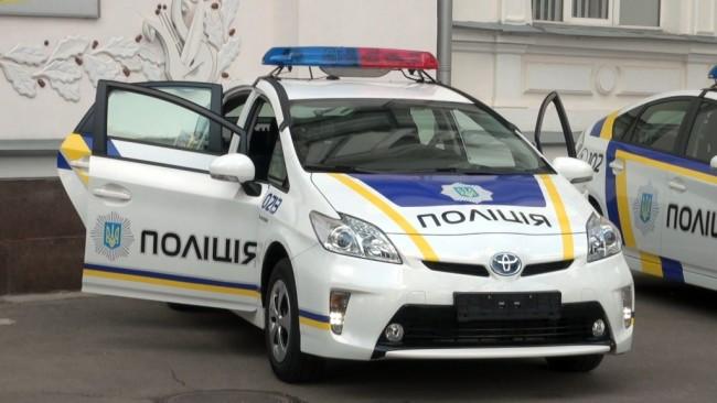 5533637-avakov-predstavil-v-kharkove-novye-patr