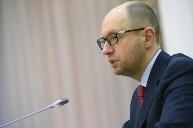 "Arseny Yatsenyuk, a member of Ukraine's interim leadership, speaks during a government meeting in parliament in Kiev March 1, 2014.  Russia's Foreign Ministry said on Saturday that Moscow was ""extremely concerned"" about recent developments in Ukraine's Crimea, which it said confirm the desire of Kiev's politicians to destabilise the situation on the peninsula.  REUTERS/Andrew Kravchenko/Pool  (UKRAINE - Tags: POLITICS CIVIL UNREST)"