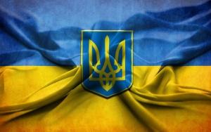 1400061289_v-makeevke-separatisty-snyali-gerb-ukrainy-so-zdaniya-ispolkoma-video