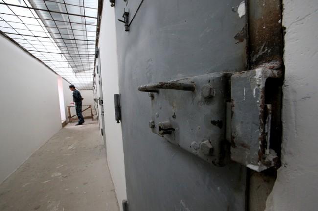 ITAR-TASS: VLADIMIR REGION, RUSSIA. JUNE 26, 2013. Prison No.2 in Vladimir Retion, operated by the Administration of the Federal Service of Execution of Punishments (UFSIN). (Photo ITAR-TASS / Stanislav Krasilnikov) Ðîññèÿ. Âëàäèìèðñêàÿ îáëàñòü. 26 èþíÿ. Â òþðüìå ¹2 ÓÔÑÈÍ Âëàäèìèðñêîé îáëàñòè. Ôîòî ÈÒÀÐ-ÒÀÑÑ/ Ñòàíèñëàâ Êðàñèëüíèêîâ