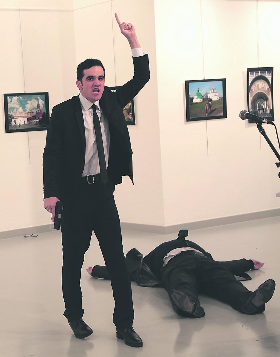 Убийство русского посла навыставке вАнкаре попало навидео