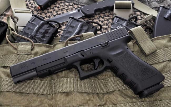 87368ce-glock-17-02