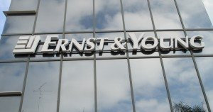 Ernst__Young_logo_in_Tel_Aviv