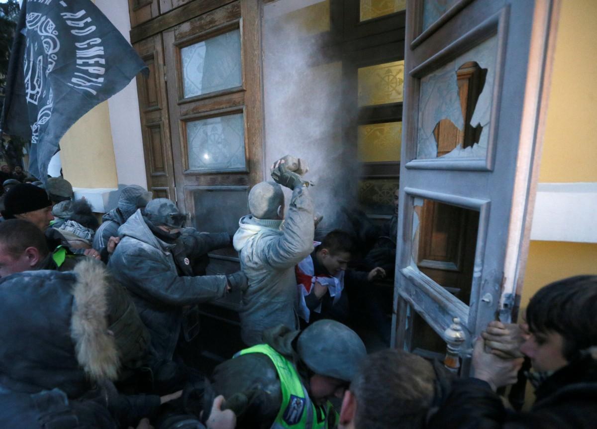 Саакашвили объявил, что совсем скоро небудет собирать марши