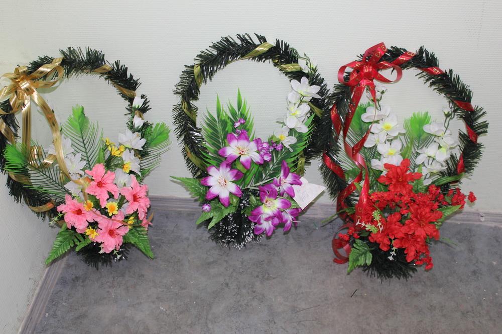 фото ритуальные венки из искусственных цветов